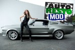 Hot-chick-Mustang_detail
