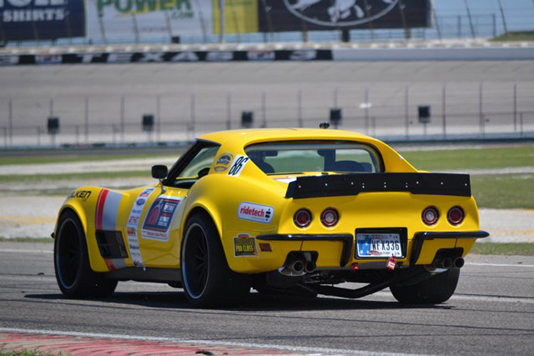 48hour_corvette_rear