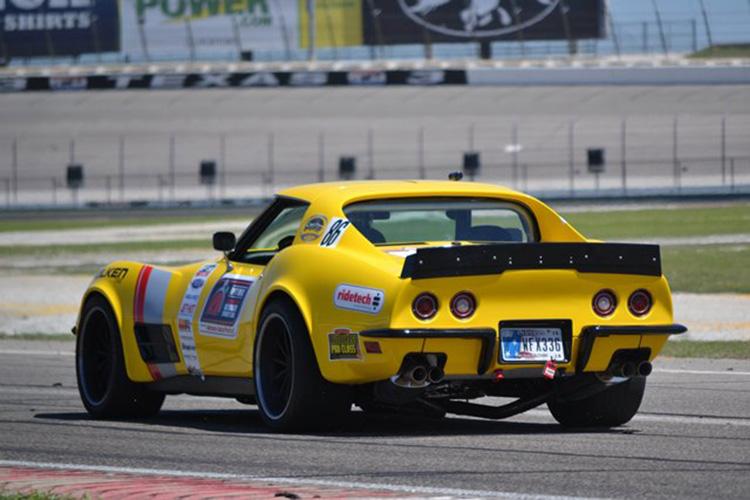 48hour_corvette_rear