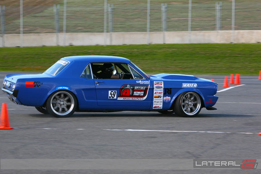 Miller Spectrum 625 >> Mike Maier wheeling his Mustang on the autocross